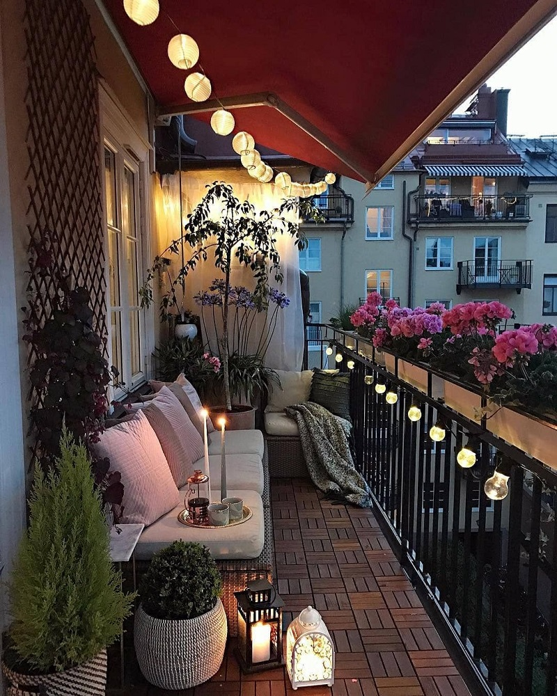 ideas to decorate balcony