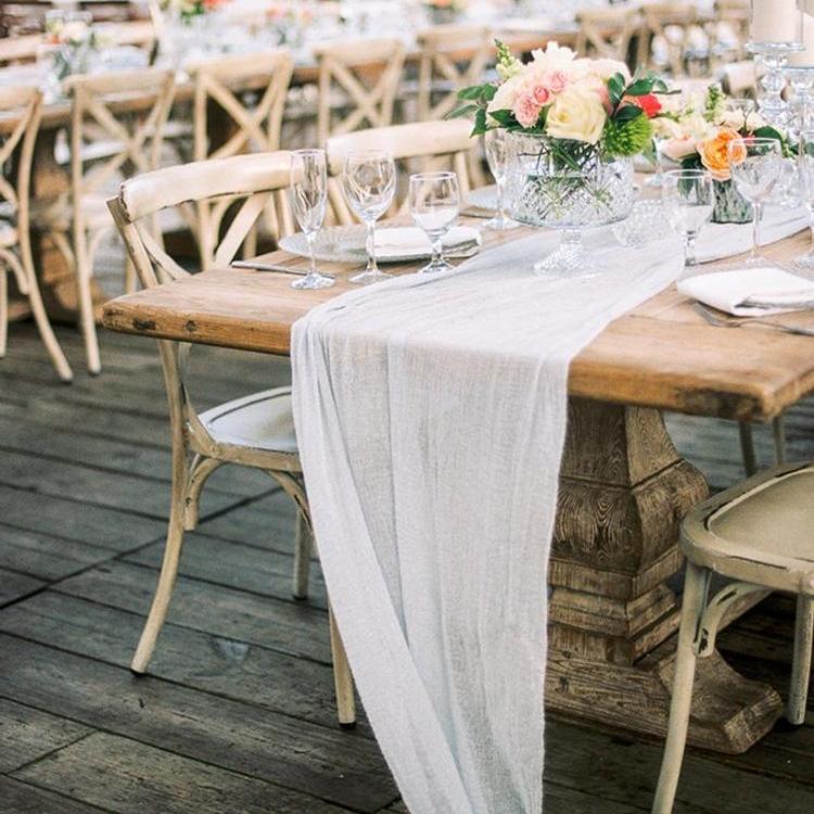 tablecloth centerpiece
